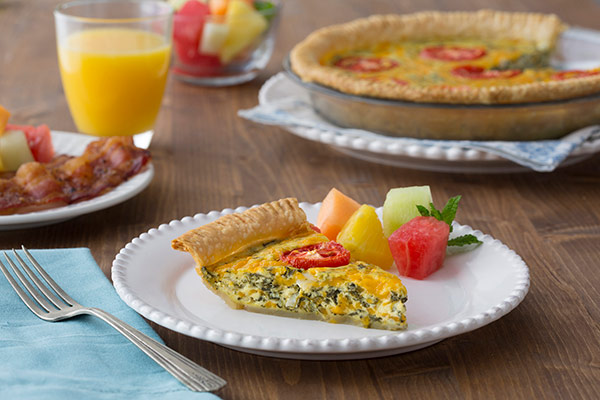 Cheesy Spinach & Tomato Quiche